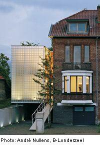 Ampliamento di una villa bifamiliare a Heverlee, Belgio