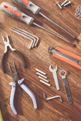 tools-864983_1920
